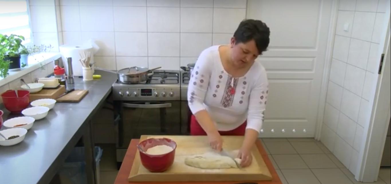 Podróże kulinarne –                     gnocchi z sosem bolognese