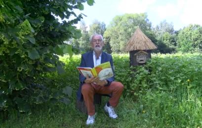 """Z cyklu Bajki miodem pokrzepione"""" – """"O psotnym misiu i pracowitej pszczółce"""" – czyta Andrzej Jagoda"""