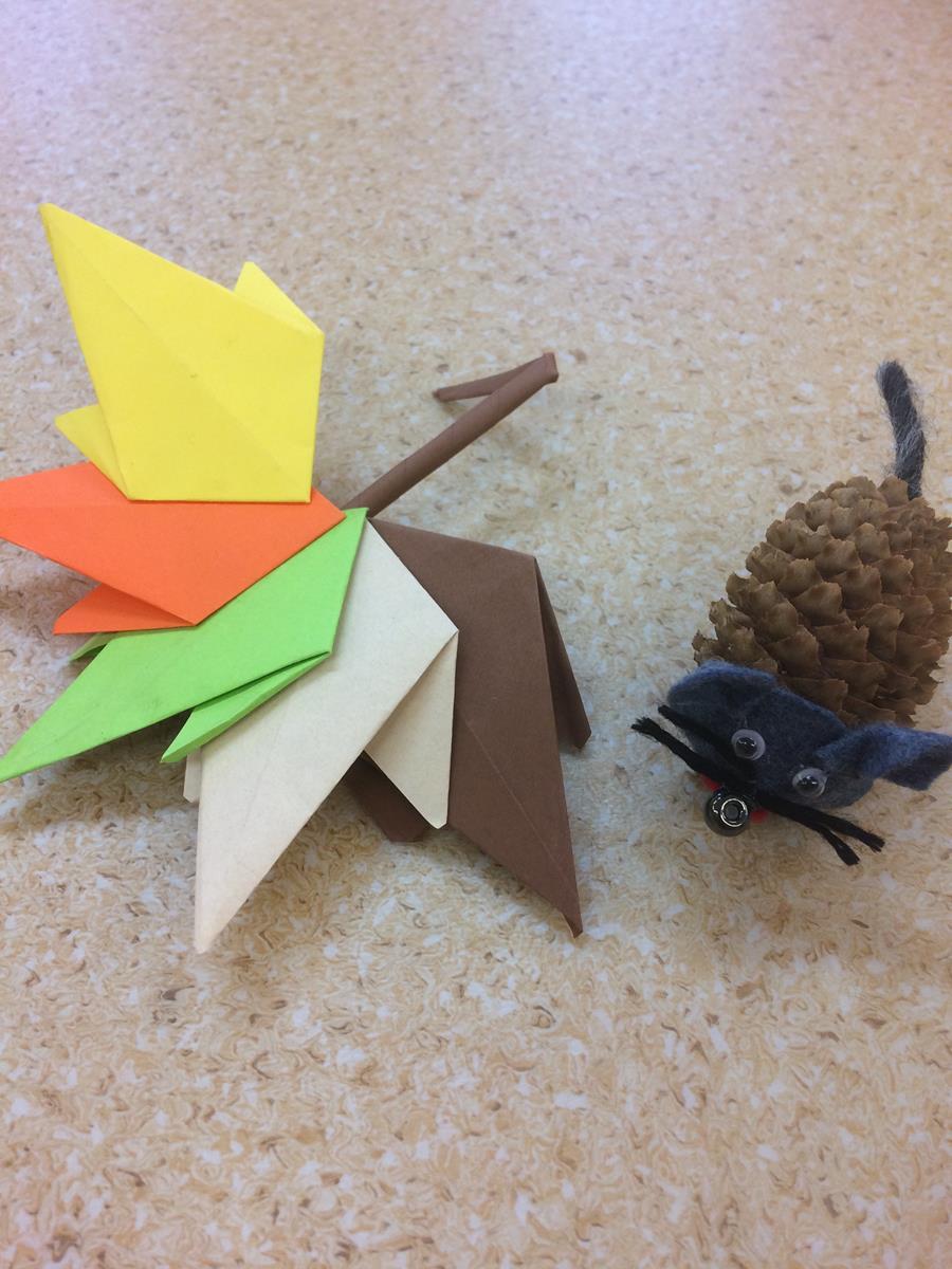 Jesienne liście i myszki na zajęciach plastycznych!