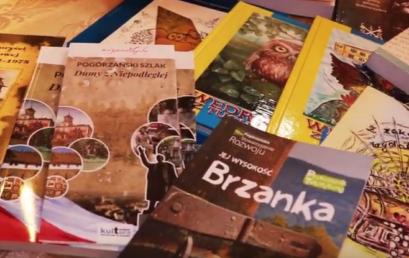 W Światowym Dniu Książki czytamy tuchowskie publikacje