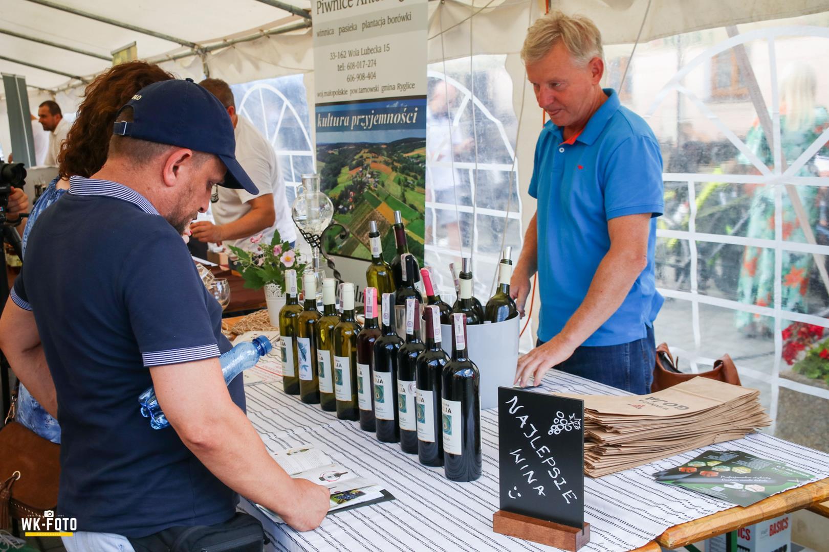 Święto wina i produktów regionalnych – TUCHOVINIFEST
