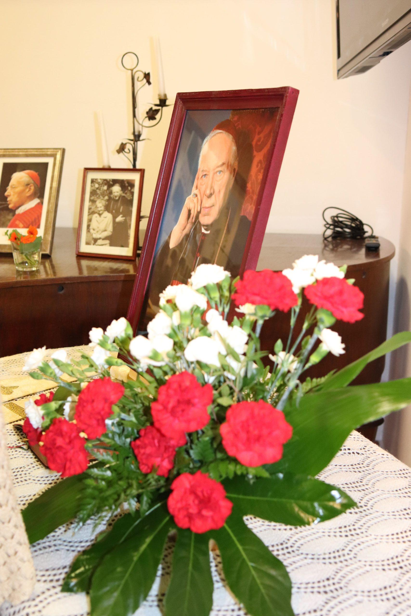 """Zapraszamy do zwiedzania wystawy """"Prymas Polski, Błogosławiony Kardynał Stefanie Wyszyński znany i nieznany"""""""